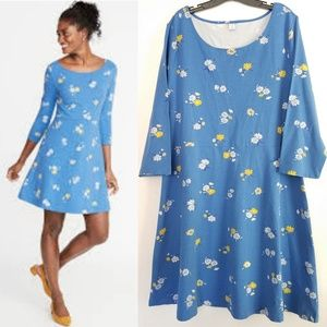 Old Navy Fit & Flare Scoop Neck Floral Dress NWT